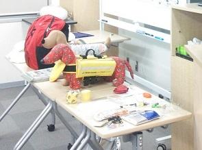阪神大震災で被災した経験から考案したペット避難用品